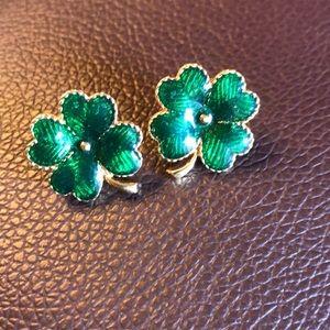 Vintage Avon Shamrock earrings